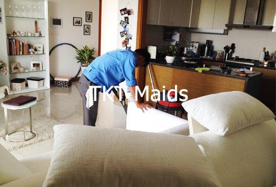 giặt ghế sofa tại căn hộ chung cư - TKT Maids