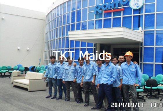 giặt ghế sofa tại văn phòng TKT Maids