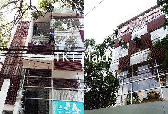 dịch vụ vệ sinh kính văn phòng - TKT Maids