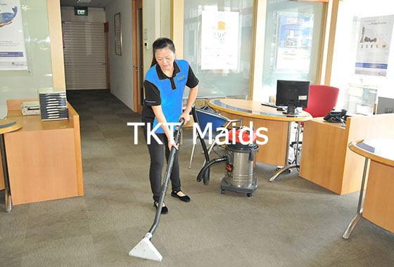 dịch vụ tạp vụ văn phòng hàng ngày hút bụi công ty TKT Maids