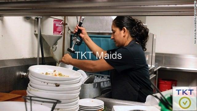 bạn cần tìm người rửa chén theo giờ tại TPHCM?