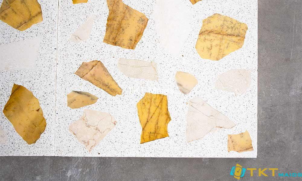 Sàn đá Terrazzo trộn đá vàng