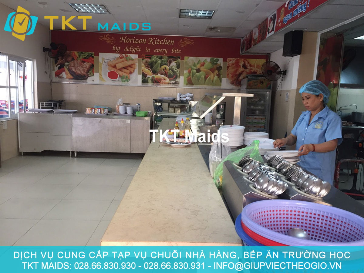 dịch vụ cung cấp tạp vụ bếp ăn trường học