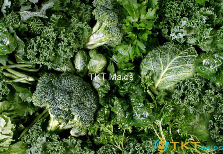 Các loại rau lá xanh chứa nhiều Vitamin B12
