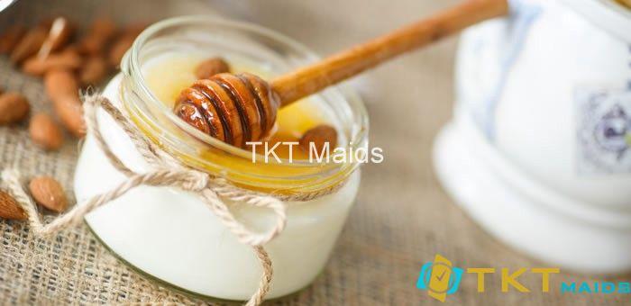 Mặt nạ sữa chua mật ong trị mụn đặc biệt phù hợp cho da nhạy cảm và da khô