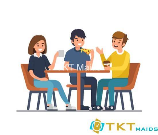Tận hưởng những bữa ăn bên ngoài cùng bạn bè nhưng không quên keto