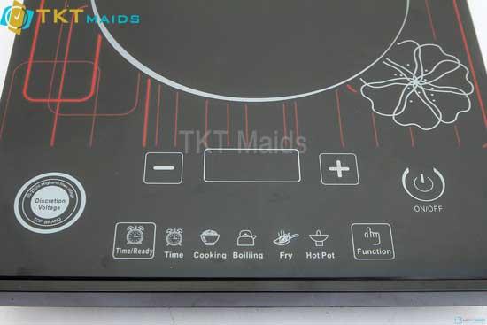 Hình ảnh: bếp điền từ với các phím chức năng sử dụng