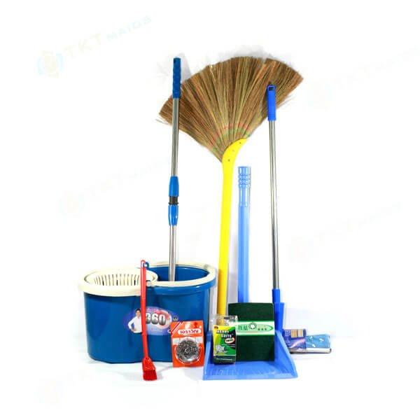 Title: Hình ảnh: Các dụng cụ vệ sinh phòng ngủ